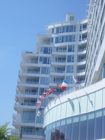 Pinnacle Residences   --   133 E ESPLANADE  - North Vancouver/Lower Lonsdale #1