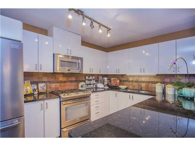 # 108 175 W 1ST ST - Lower Lonsdale Apartment/Condo for sale, 2 Bedrooms (V1098740) #2