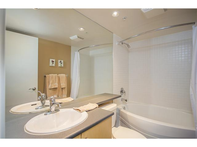 # 108 175 W 1ST ST - Lower Lonsdale Apartment/Condo for sale, 2 Bedrooms (V1098740) #8