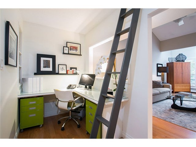 # 4102 33 CHESTERFIELD PL - Lower Lonsdale Apartment/Condo for sale, 1 Bedroom (V1115911) #11