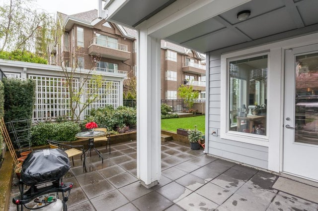 107 217 W 8TH STREET - Lower Lonsdale Apartment/Condo for sale, 2 Bedrooms (R2160920) #2