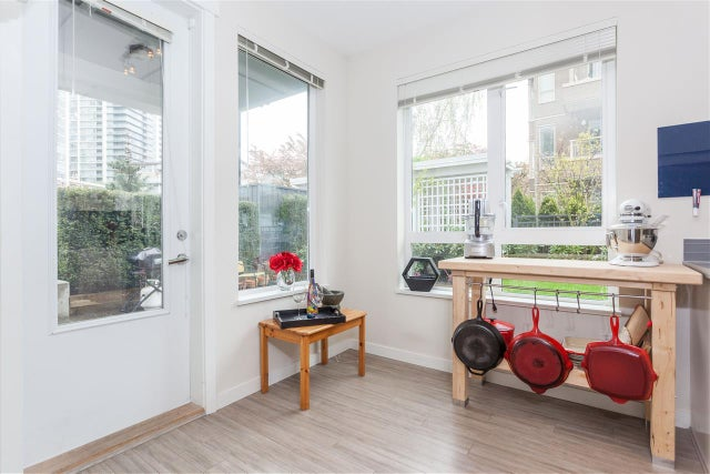 107 217 W 8TH STREET - Lower Lonsdale Apartment/Condo for sale, 2 Bedrooms (R2160920) #5